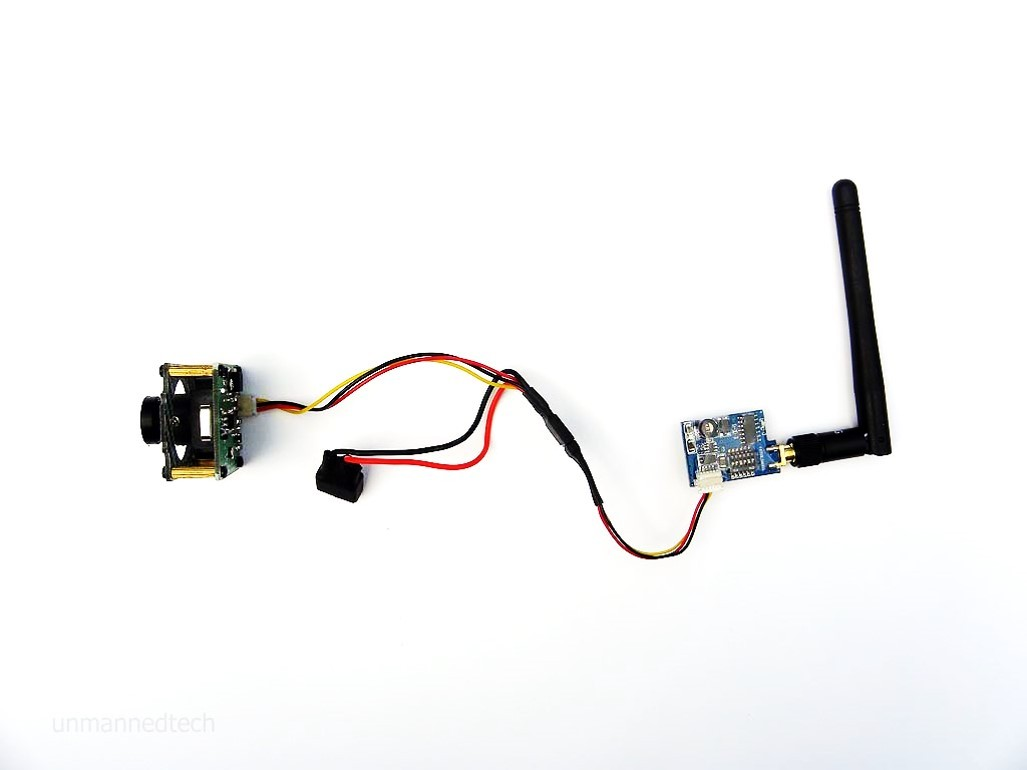 We also used heat shrink on the connection to neaten things up. The  finished result is below and we have our FPV system.